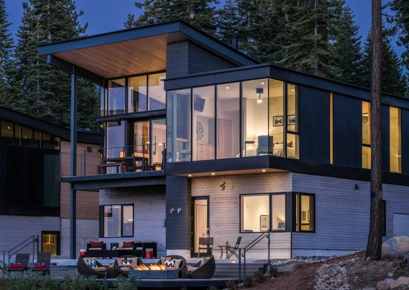 Outside view from the lifts - Modern Luxury ski-in/out Residence Mid-Mountain near Ritz at Tahoe - Truckee - rentals