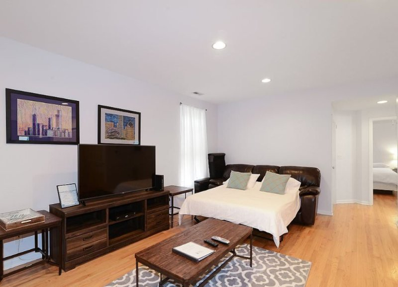 Furnished 2-Bedroom Apartment at N Lincoln Ave & W Diversey Pkwy Chicago - Image 1 - Chicago - rentals
