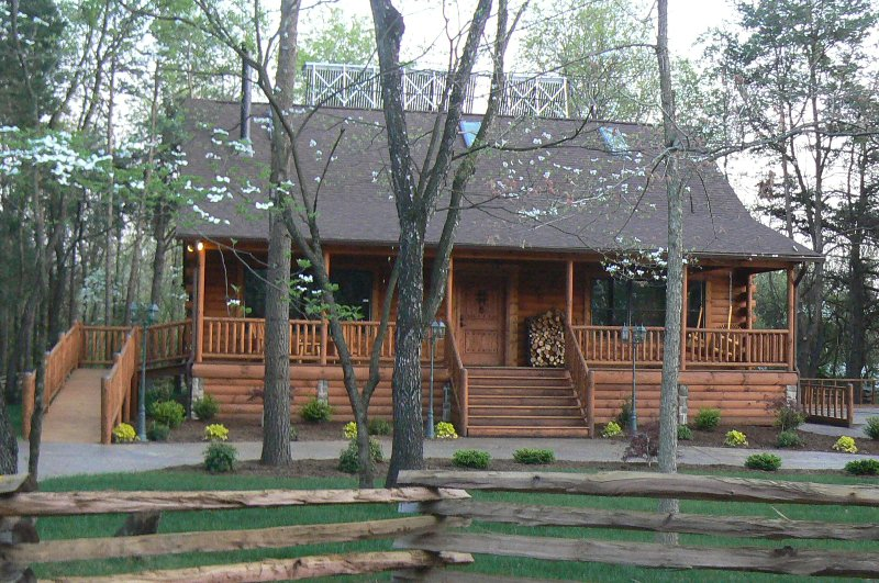 Spotted Fawn Luxury Cabin Getaway - Image 1 - Shenandoah - rentals