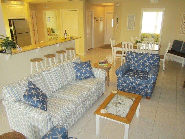 Livingroom - Bradenton Beach Club 226 - Bradenton Beach - rentals