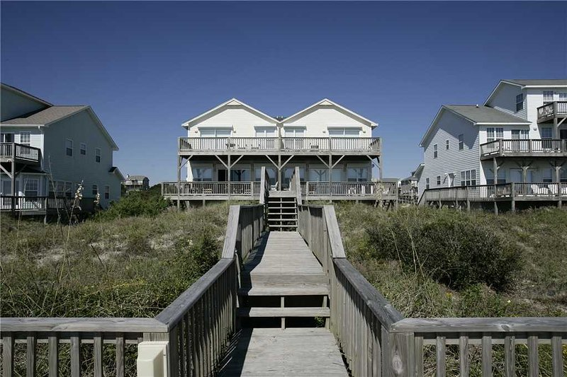A Seaside Escape West - Image 1 - Emerald Isle - rentals
