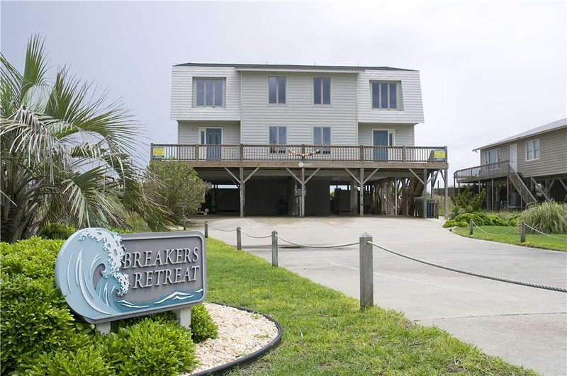 Breaker's Retreat West - Image 1 - Emerald Isle - rentals