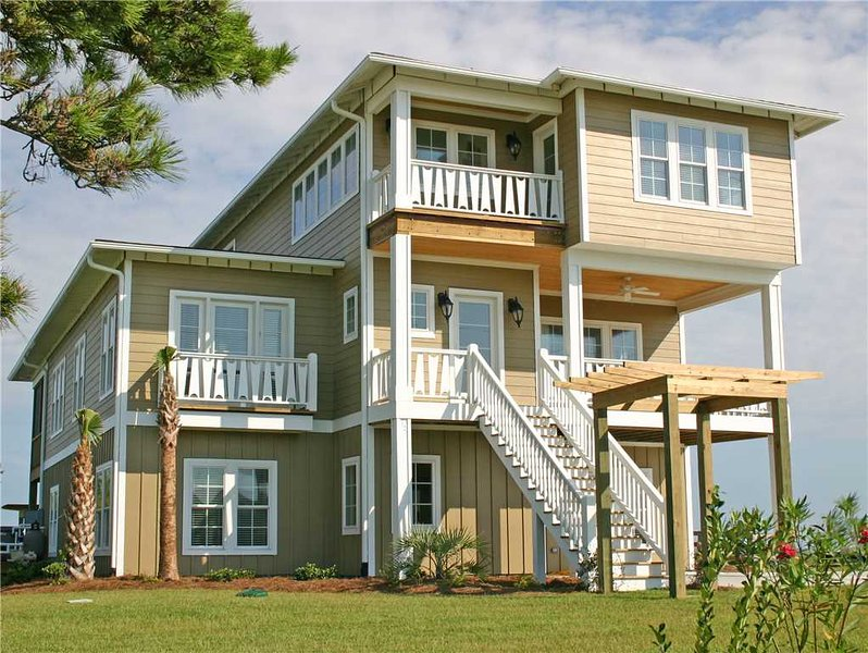Boat House - Image 1 - Emerald Isle - rentals