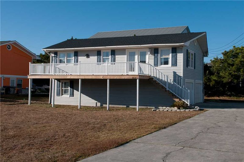 Clear Skies - Image 1 - Emerald Isle - rentals
