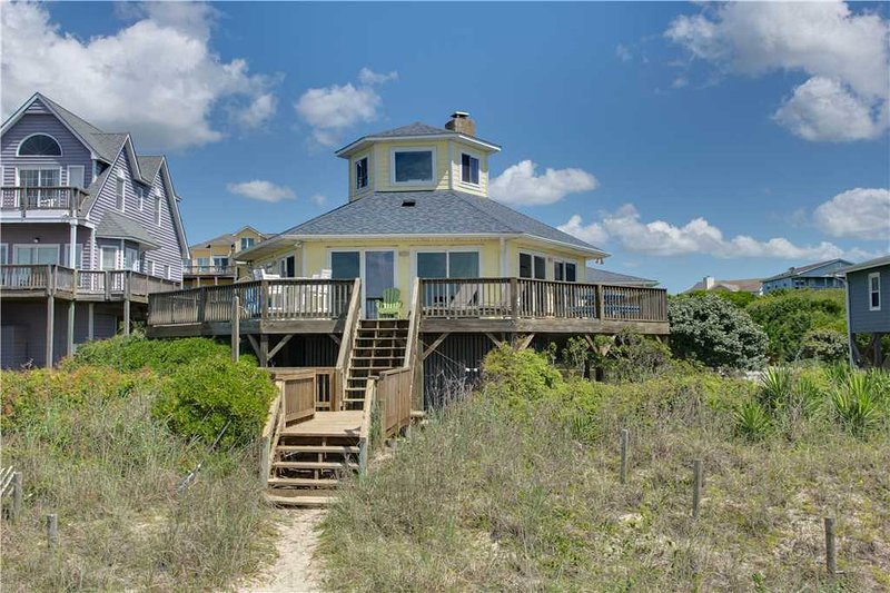 Circle Of Friends - Image 1 - Emerald Isle - rentals