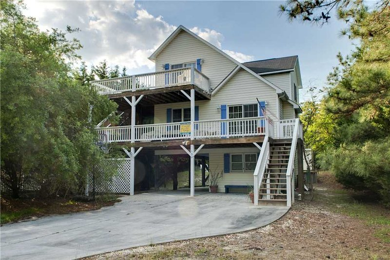 Family Tides - Image 1 - Emerald Isle - rentals