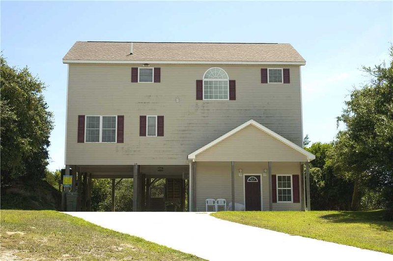 Five Oaks - Image 1 - Emerald Isle - rentals