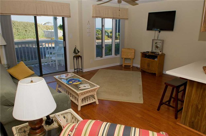 Pebble Beach C106 - Image 1 - Emerald Isle - rentals