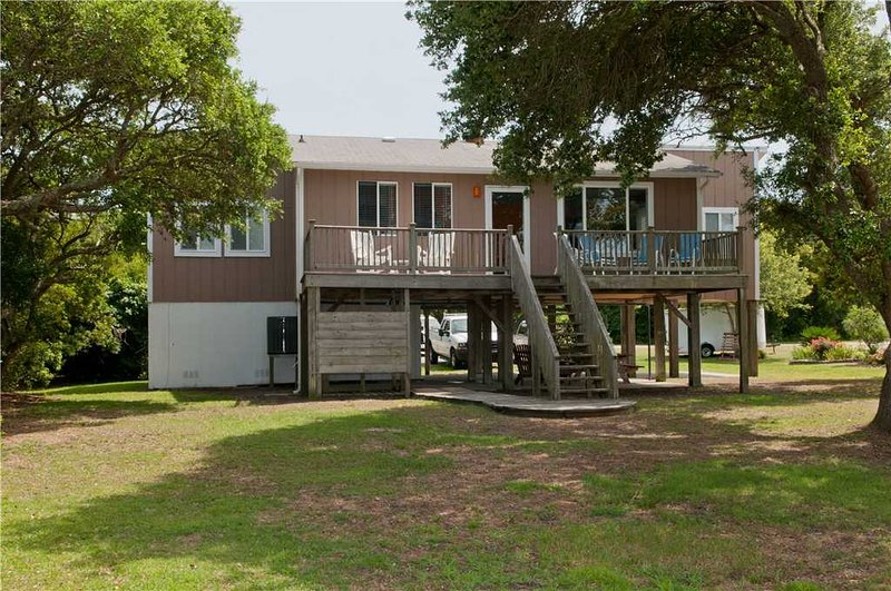 Sandy Toes Cottage - Image 1 - Emerald Isle - rentals