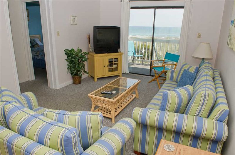 Point Emerald Villa A-204 - Image 1 - Emerald Isle - rentals