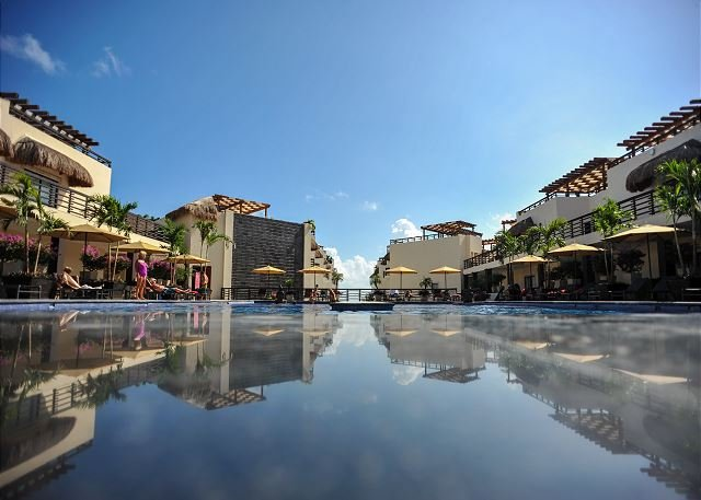 TRENDY APARTMENT on Mamitas Beach - Playa del Carmen Vacation Rentals - Image 1 - Playa del Carmen - rentals