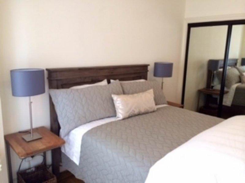 A CHARMING AND COMFORTABLE 1 BEDROOM 1 BATH APARTMENT UNIT - Image 1 - San Francisco Bay Area - rentals