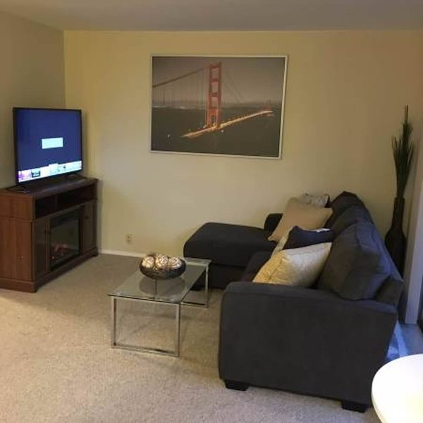 WONDERFUL 1 BEDROOM APARTMENT IN BURLINGAME - Image 1 - Burlingame - rentals