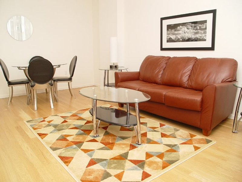 CHARMING, COZY AND CLEAN 2 BEDROOM, 2 BATHROOM APARTMENT - Image 1 - New York City - rentals
