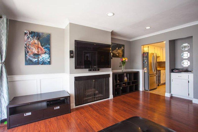 Furnished 2-Bedroom Condo at N Central Ave & Burchett St Glendale - Image 1 - Glendale - rentals
