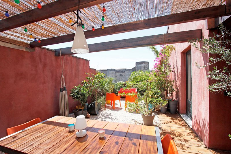 URG |FK Gorgeous penthouse in the heart of history - Image 1 - Catania - rentals