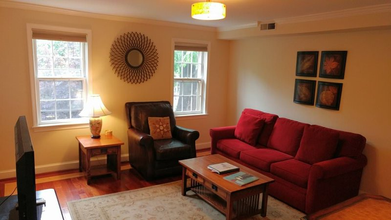 Furnished 2-Bedroom Apartment at East Capitol St NE & 4th St SE Washington - Image 1 - Washington DC - rentals