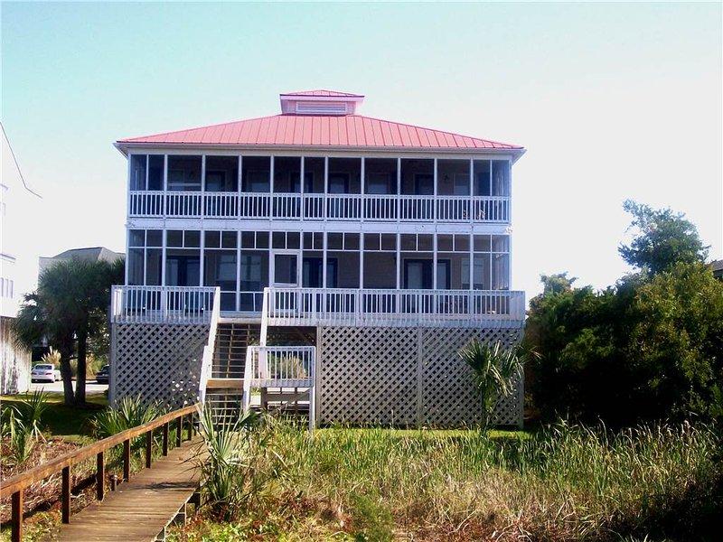 "3618 Yacht Club Rd - ""Lee's Last Stand"" - Image 1 - Edisto Beach - rentals"