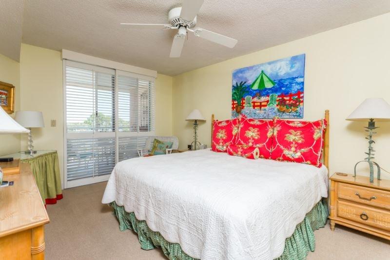 nb502-Master Bedroom.jpg - North Breakers #502 - Saint Simons Island - rentals