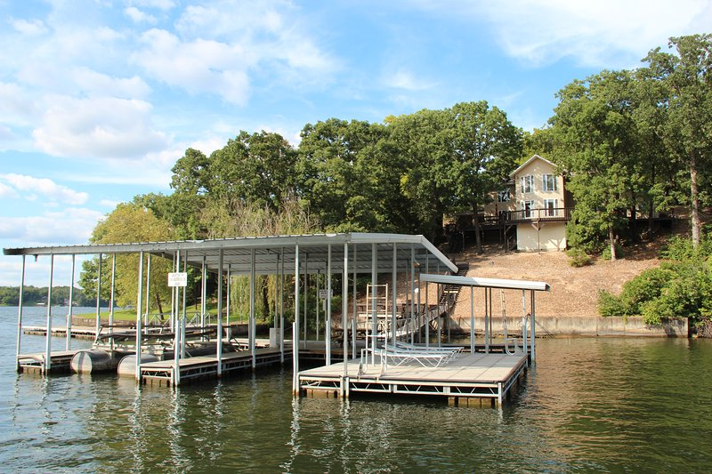 Osage Beach Vacation Home 5 Br., 4 bath - Image 1 - Osage Beach - rentals