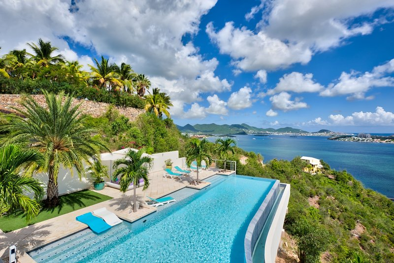 Acqua... 4+1BR vacation rental villa is Terres Basses, St Martin 800 480 8555 - ACQUA...gorgeous 5BR villa with spectacular views, heated pool, & gym!! - Terres Basses - rentals
