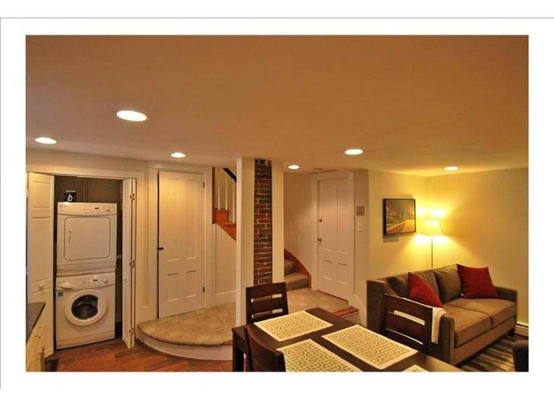 MODERN FURNISHED 2 BEDROOM, 1 BATHROOM APARTMENT - Image 1 - Boston - rentals