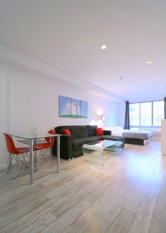 Dashing Studio Apartment in New York - Image 1 - Weehawken - rentals
