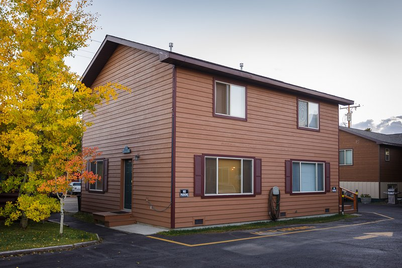 Exterior 122B - Townhouse 122B - Grayling Creek - West Yellowstone - rentals