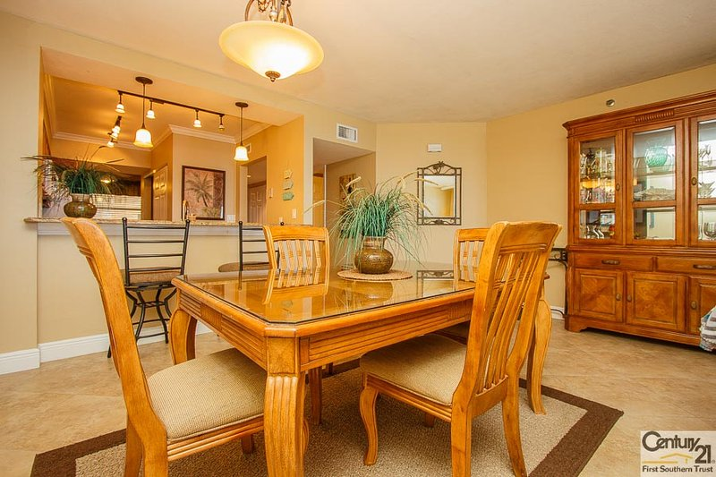 Dining - Som 609 - Somerset - Marco Island - rentals