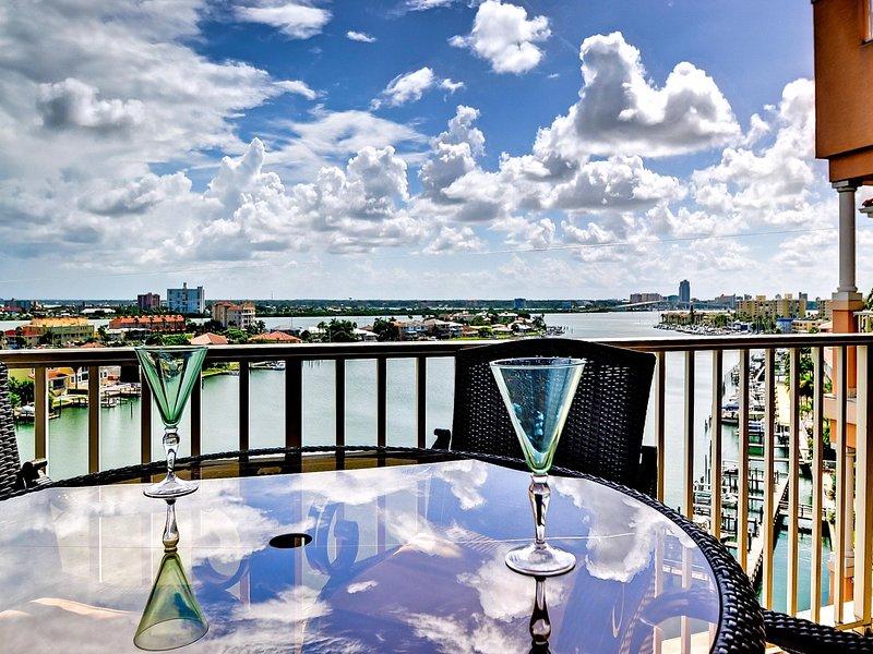 Harborview Grande vacation rental on Clearwater Harbor. - Harborview Grande 803 Luxury Waterfront Condo - Clearwater Beach - rentals