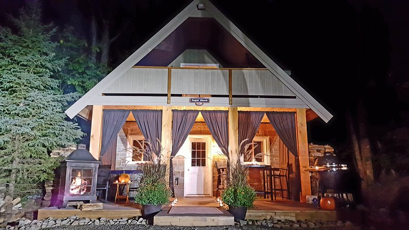 The Sugar Shack - Romantic Cottage for 2 - Image 1 - Haliburton - rentals
