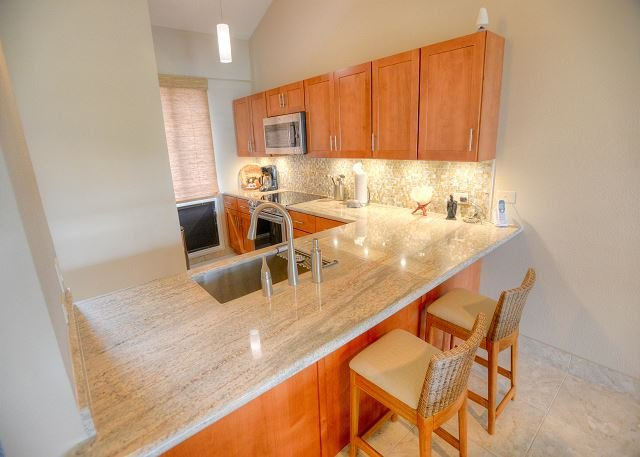 NEWLY RENOVATED! Beautiful 3 Bedroom, 3 Bath with an Ocean View - Image 1 - Kihei - rentals