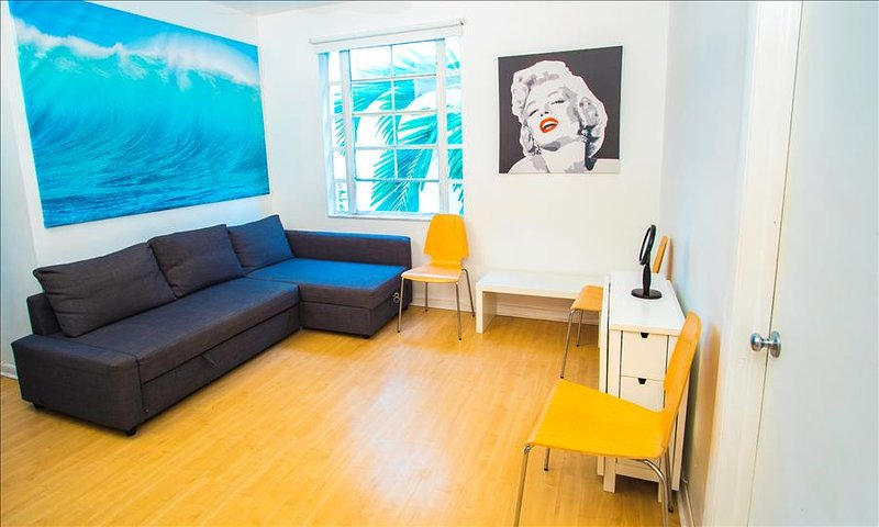 City Center Modern Two Bedroom on Collins Ave - Image 1 - Miami Beach - rentals