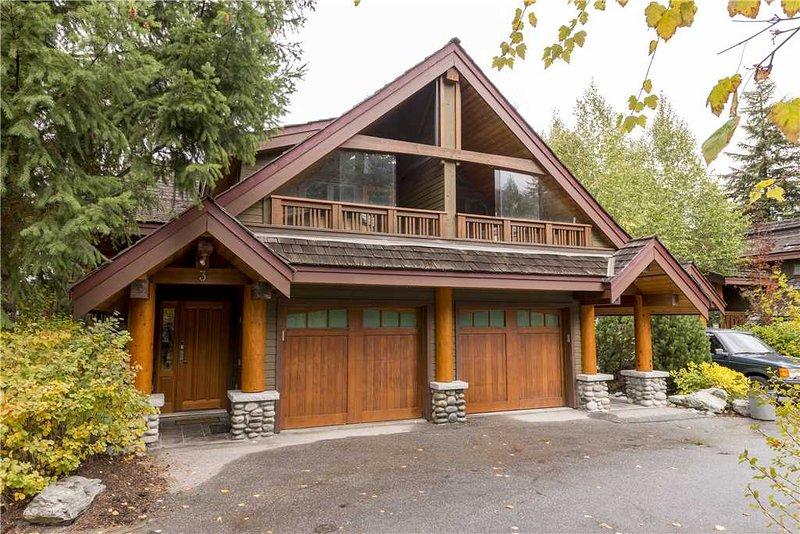 Cedar Hollow #03 - Image 1 - Whistler - rentals