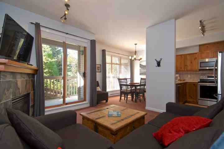 Lovely open floor plan, tons of natural light with spacious plan - Northstar Townhouse unit 83 - Whistler - rentals