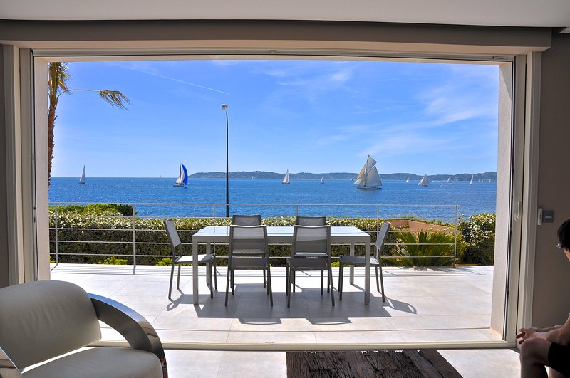 Welcome in our villa L'ANCRE.. - NEW VILLA with PANORAMIC SEA VIEWS, very CENTRAL ! - Saint-Maxime - rentals