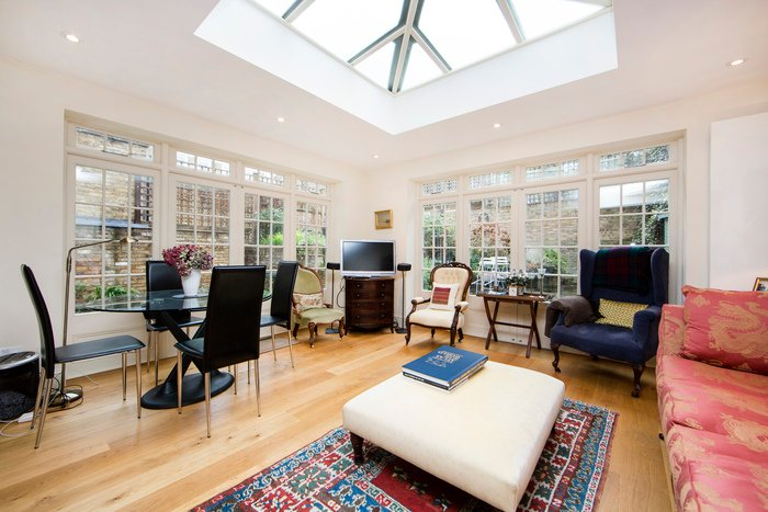 A stunning family apartment fabulously situated between the Fulham Road and Chelsea's King's Road - Image 1 - London - rentals