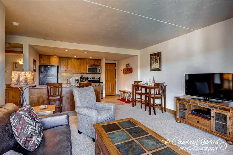 Trails End Condos 406 by Ski Country Resorts - Image 1 - Breckenridge - rentals