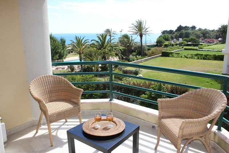 Ocean 8 Apartment with Sea View - Image 1 - Cascais - rentals