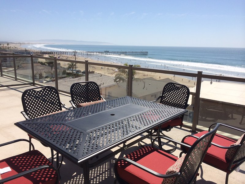 Rooftop observation deck - Panoramic Views of Pismo Beach, Luxury Townhouse - Pismo Beach - rentals