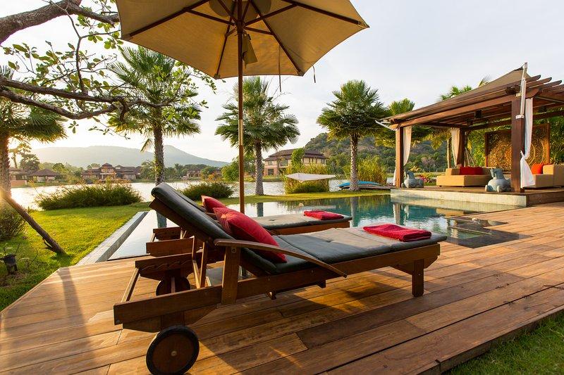 Dasiri Lakefront Villa PREMIUM - Image 1 - Hua Hin - rentals
