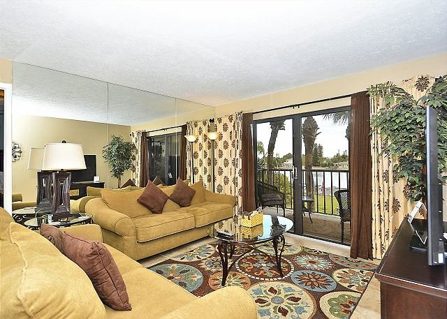 Living Room - Land's End #208 building 1 - Bay Front - Treasure Island - rentals