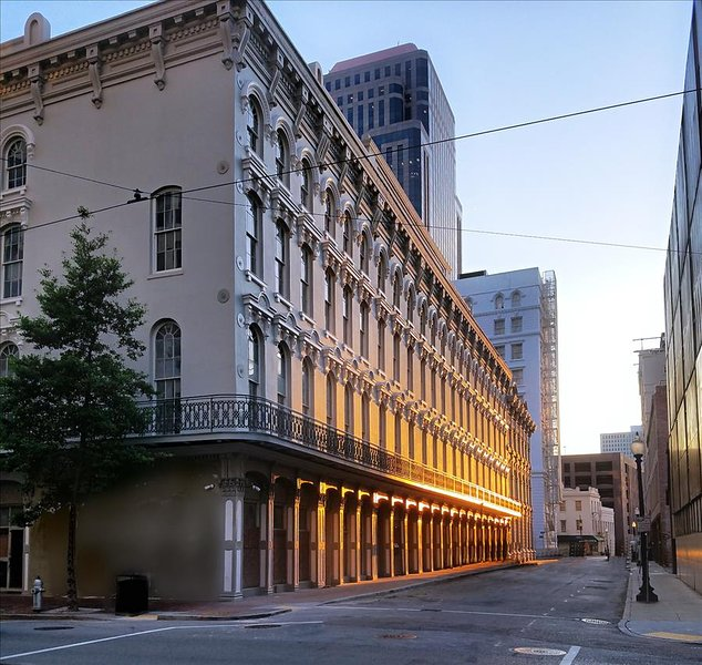 Grand Opening Stay Alfred Unbeatable Downtown Historic Location FR11 - Image 1 - New Orleans - rentals