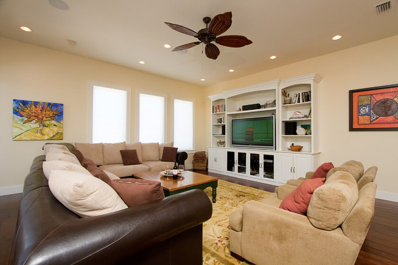 Malibu Beach Villa - Image 1 - Port Isabel - rentals