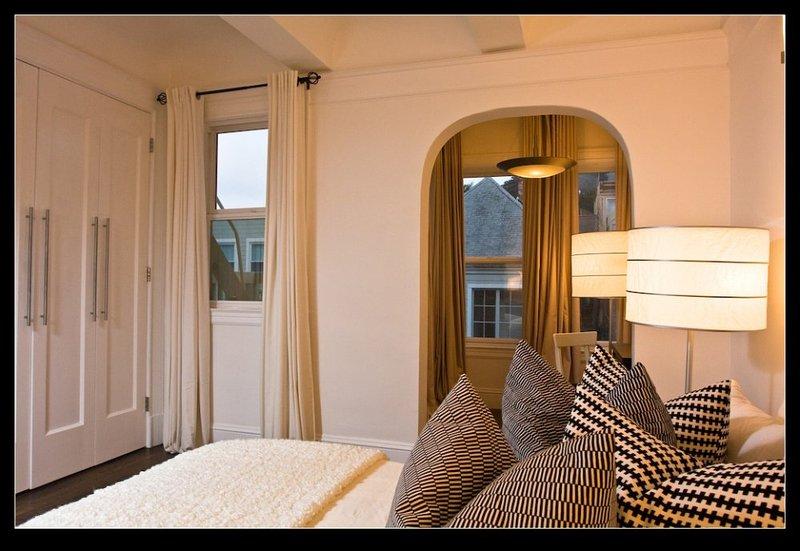Nicely Furnished 1 Bedroom, 1 Bathroom Unit - Image 1 - San Francisco - rentals