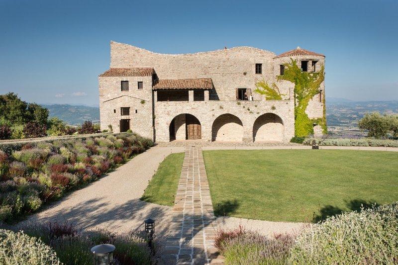 Castello Tezio - Image 1 - Umbria - rentals