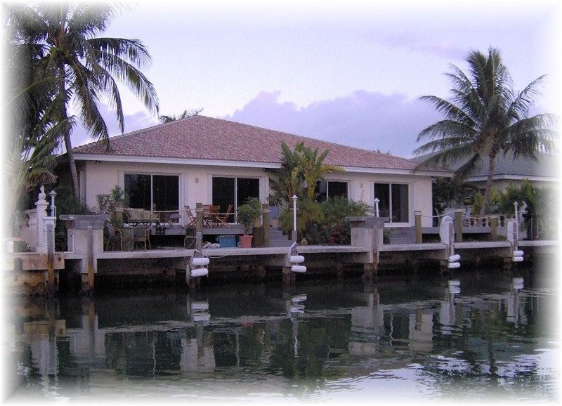 Beautiful waterway view and East facing to see stunning Sunrise. - WALK TO BEACH - CABANA CLUB & POOL & INCH BEACH -DOCK -WiFi - Aug 12-19 *$1595WK - Key Colony Beach - rentals