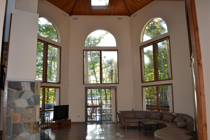 Amazing Modern Lakefront Chateau - Image 1 - East Stroudsburg - rentals
