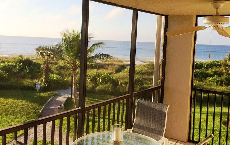 Enjoy Afternoons or Dinner on the Lanai Overlooking the Beach! - Sanibel Surf Sounds & Beachfront View, Bikes/Wifi - Sanibel Island - rentals