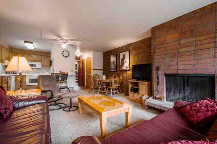This updated Silvertown Condo is just one block from Park City Mountain Resort in the North Old Town area of Park City. - Silvertown 3 Bedroom Park City - Park City - rentals